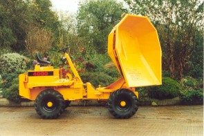 Thwaites Alldrive 4000 2 tonne swivel top dumper